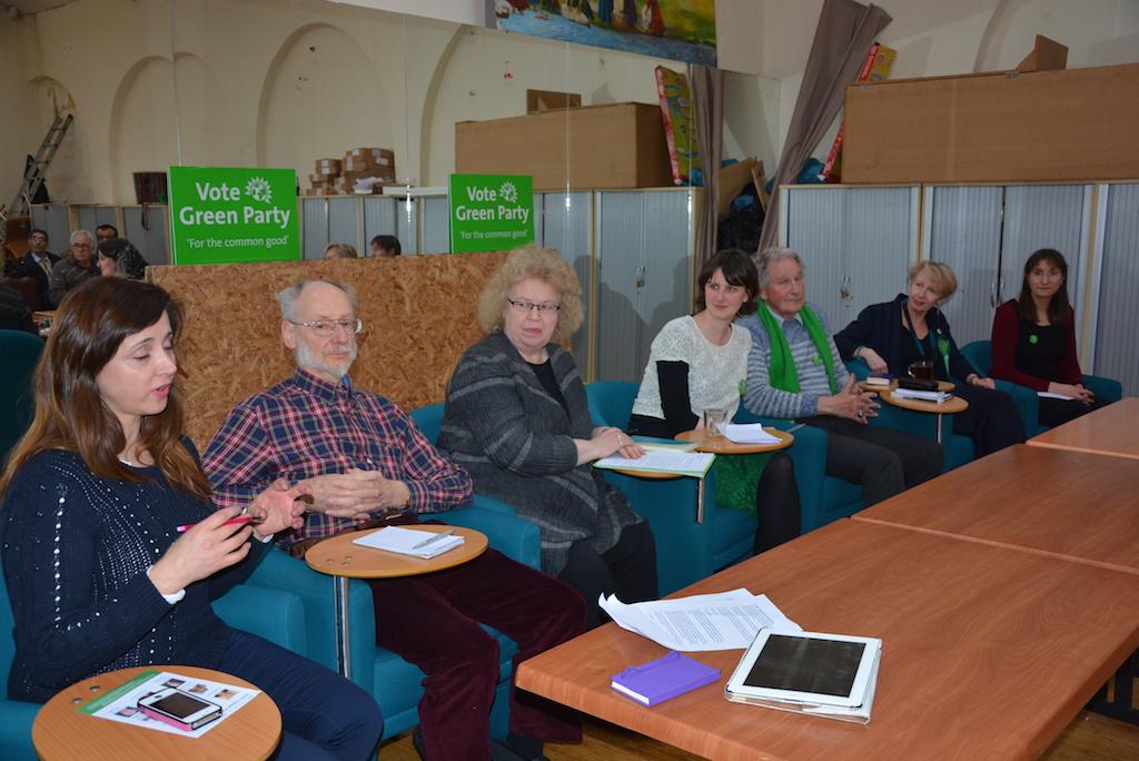 From left to right; Michelle, David, Jean, Charlotte, Gordon, Dee, Heather. Photo: Esra Turk
